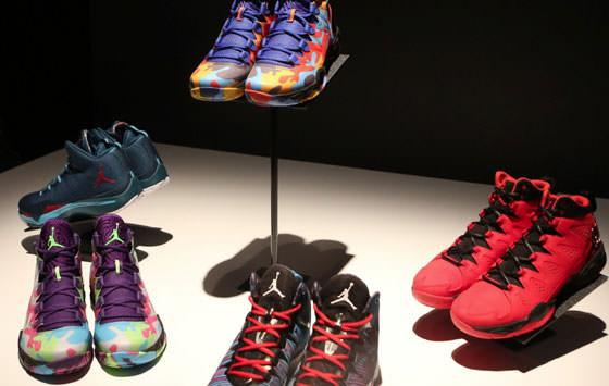 [圖二] Nike 球鞋
